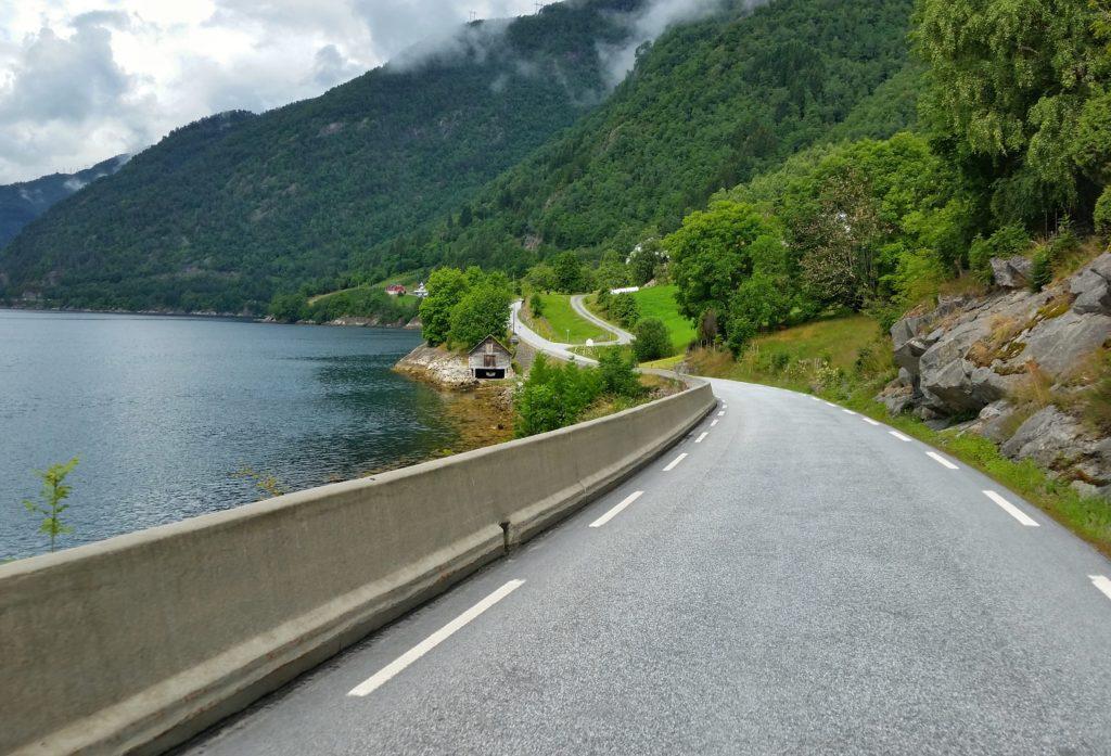 image-10-1024x697 Fiorda, czyli jak wyobrażenia zderzyły się z rzeczywistością Lato 2016 Norwegia