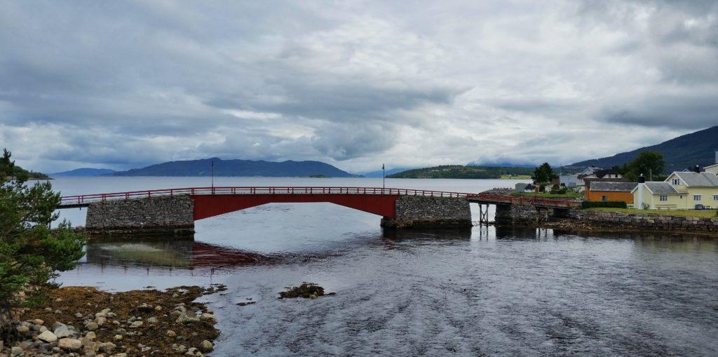image-41-1024x509 Norwegia - droga krajowa nr 13 Lato 2016 Norwegia