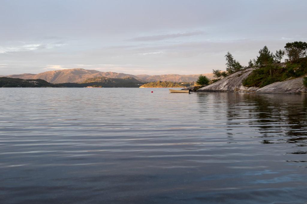 image-1-1024x683 Norwegia - ludzie, pogoda, pieniądze - cz.1 Lato 2016 Norwegia