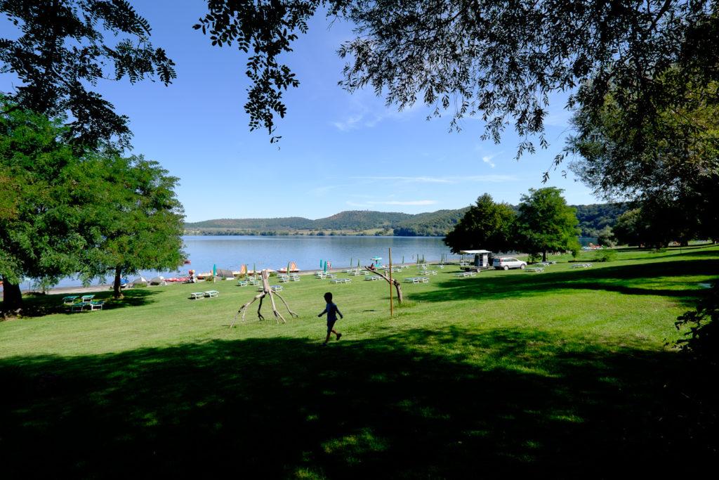 Jezioro-Martignano-008-1024x683 Włochy we wrześniu. La Vita è bella Motorhome